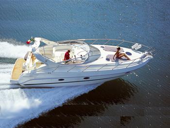 grandi-barche-di-lusso-a-noleggio-minorca-3
