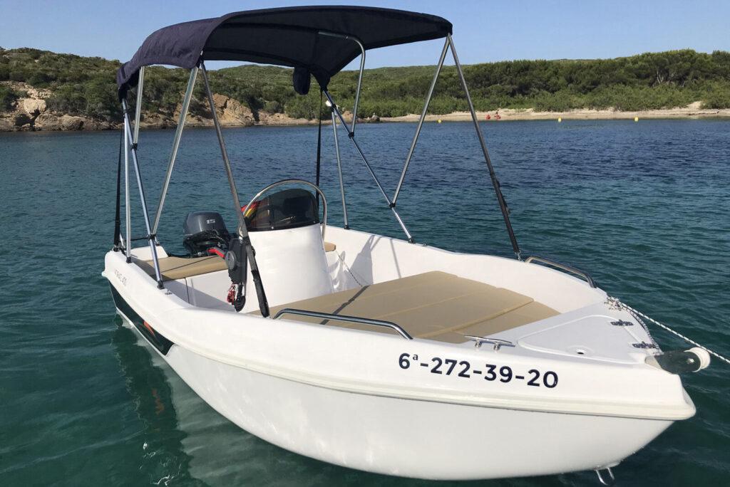 1-Voraz-400-boat-rental-without-license-menorca