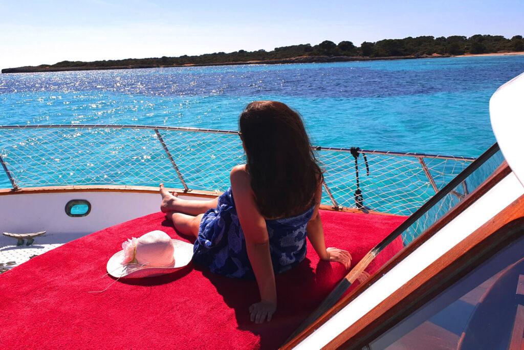 1-excursiones-en-barco-menorca-ranger-36-vintage