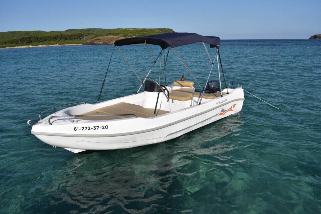 1-Voraz-450-boat-rental-without-license-menorca